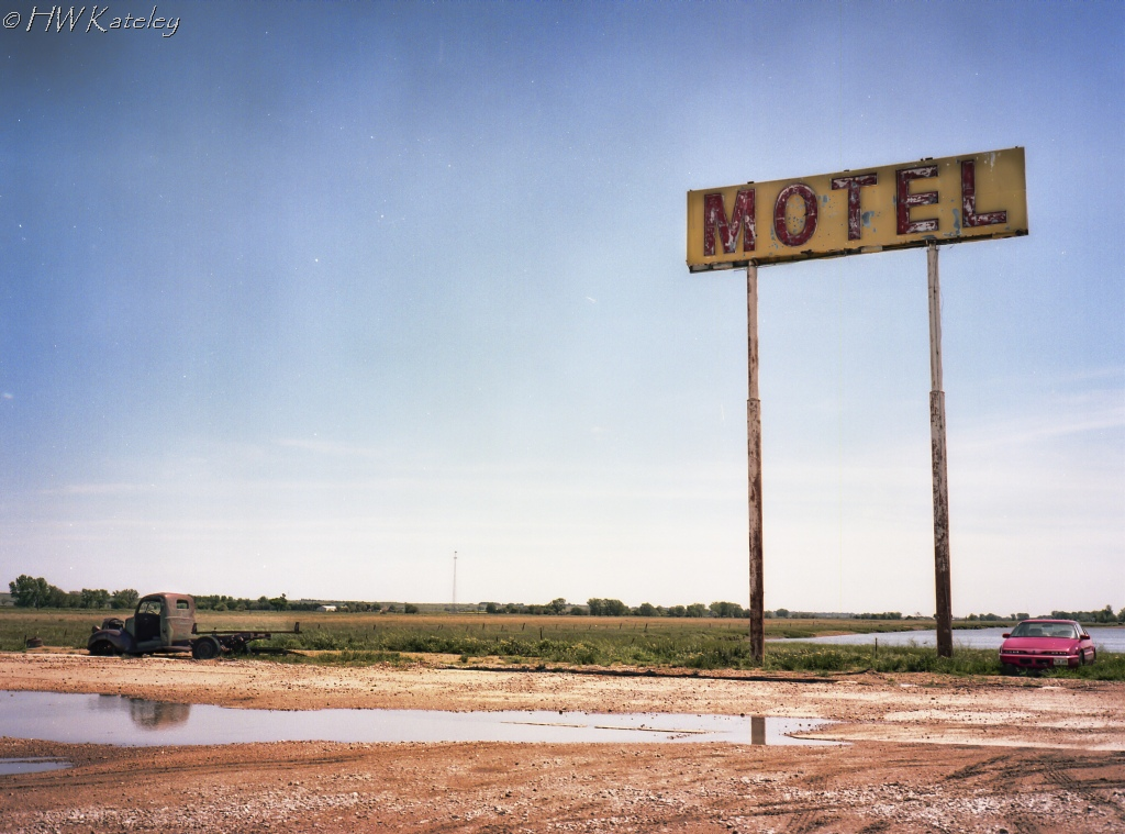 Motel-Lake-topaz-FujiGS645-Portra160-011-Edit1-1024WM
