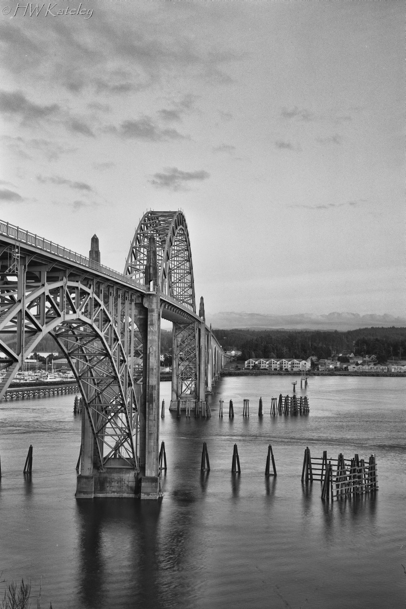 1_HalfEdit-Temp-Fuji690-Acros100-YaquinaBayBridge010-Edit11-800WM